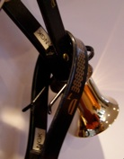 Bell tree clip through handle